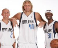 Jason Kidd, Dirk Nowitzki y Jason Terry. Dallas Mavericks