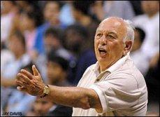 Pete Carril. Entrenado de baloncesto. La leyenda de Princenton